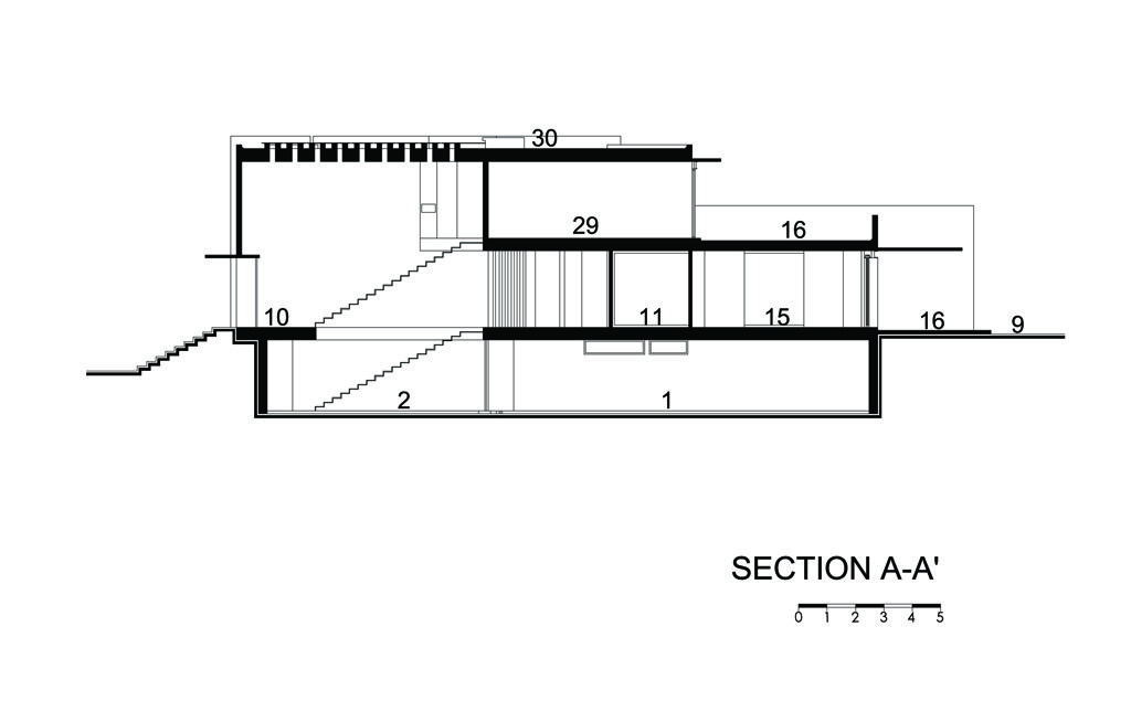 Section A-A'