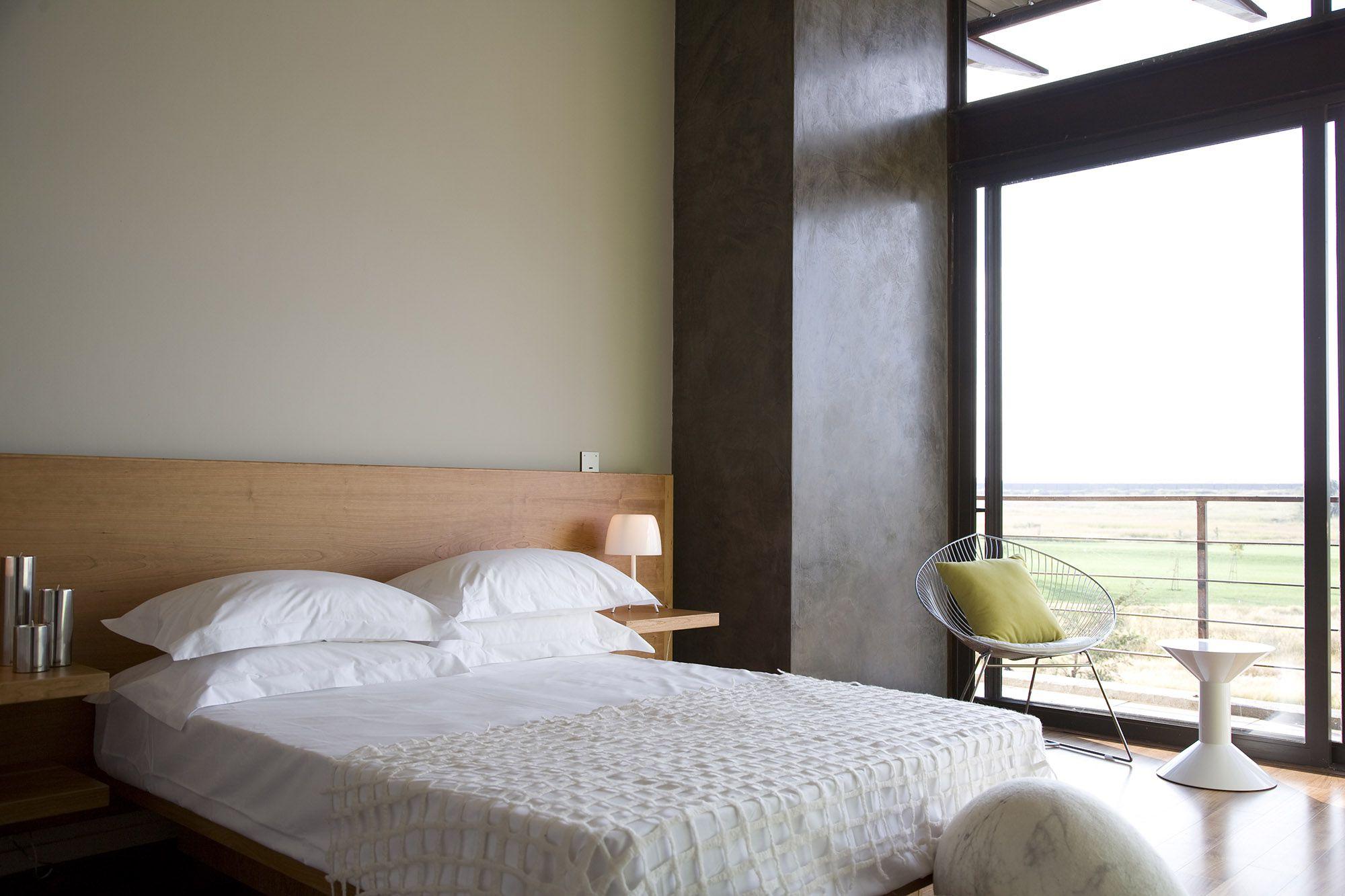 Serengeti Designed by Rudolph van der Meulen 193