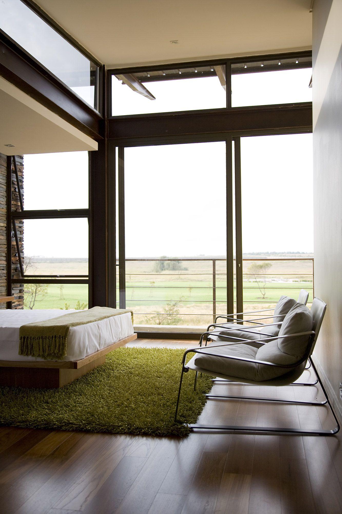 Serengeti Designed by Rudolph van der Meulen 203