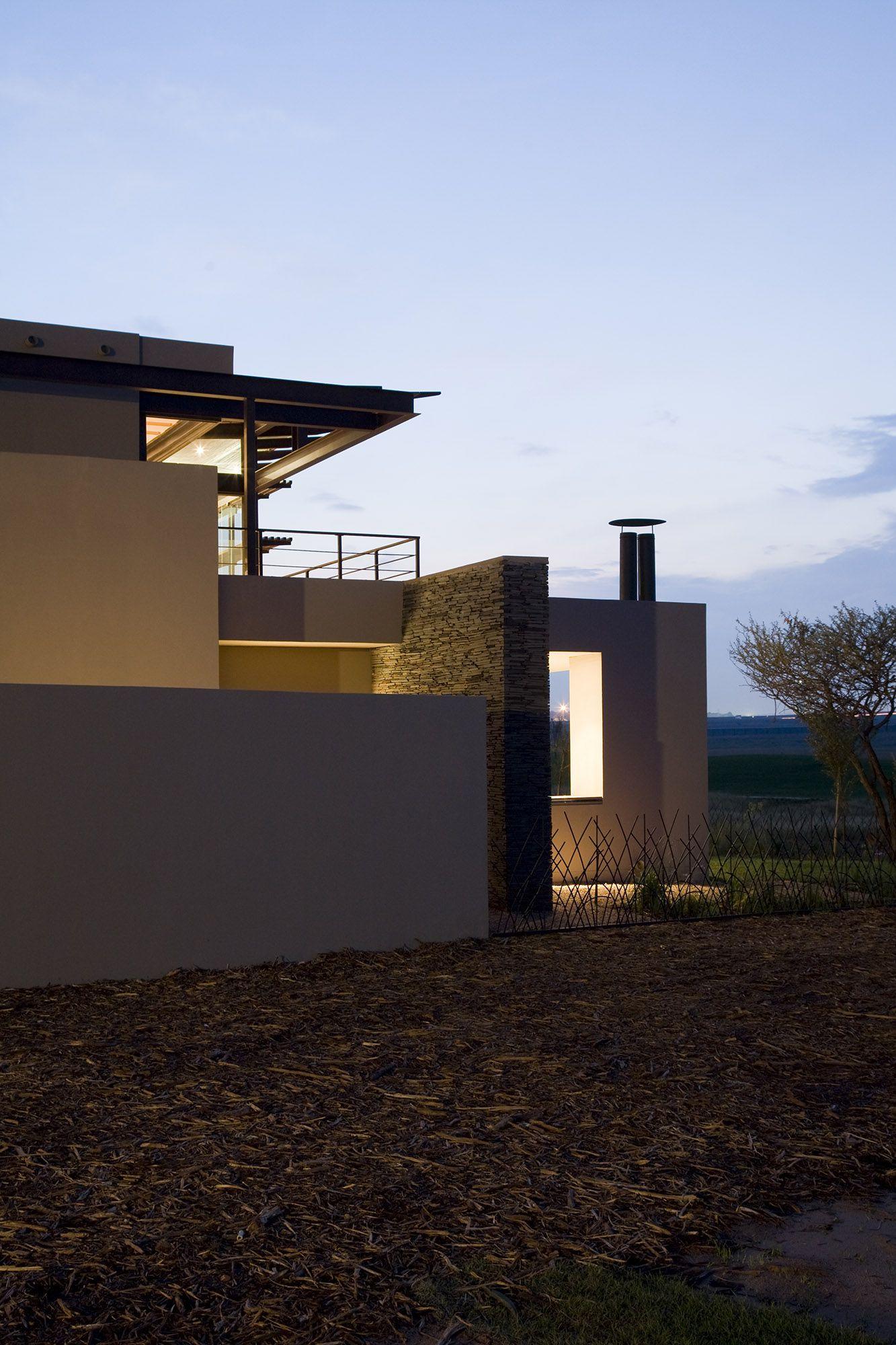Serengeti Designed by Rudolph van der Meulen 206