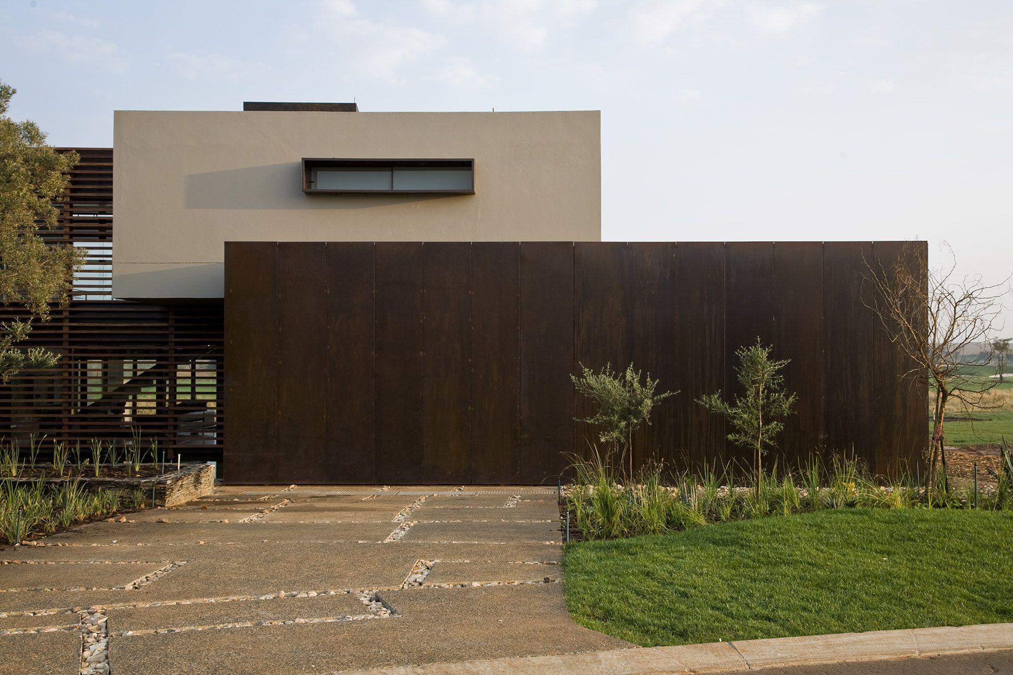 Serengeti Designed by Rudolph van der Meulen 271