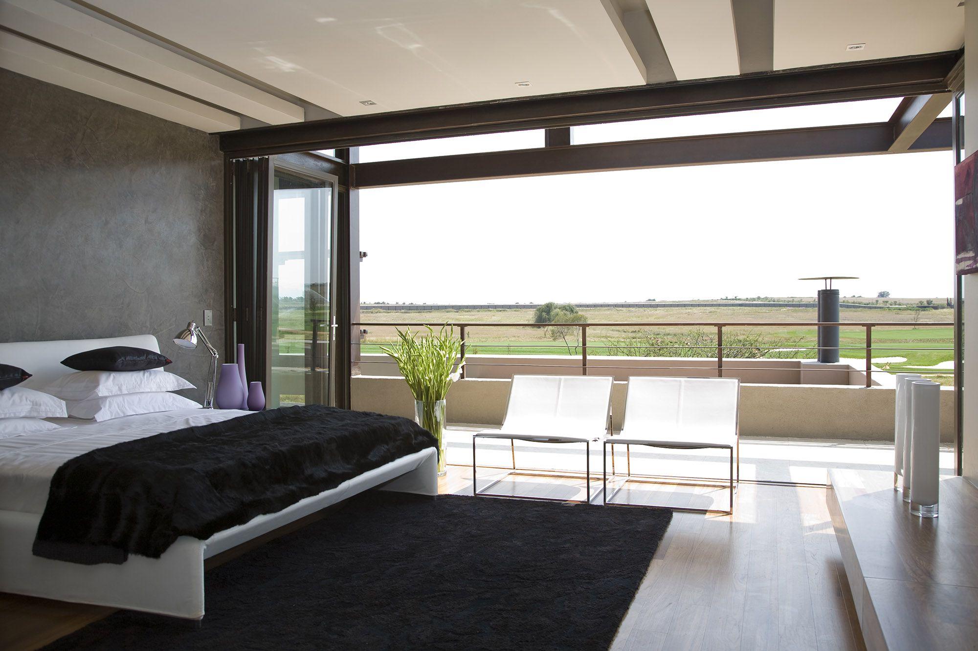 Serengeti Designed by Rudolph van der Meulen 315