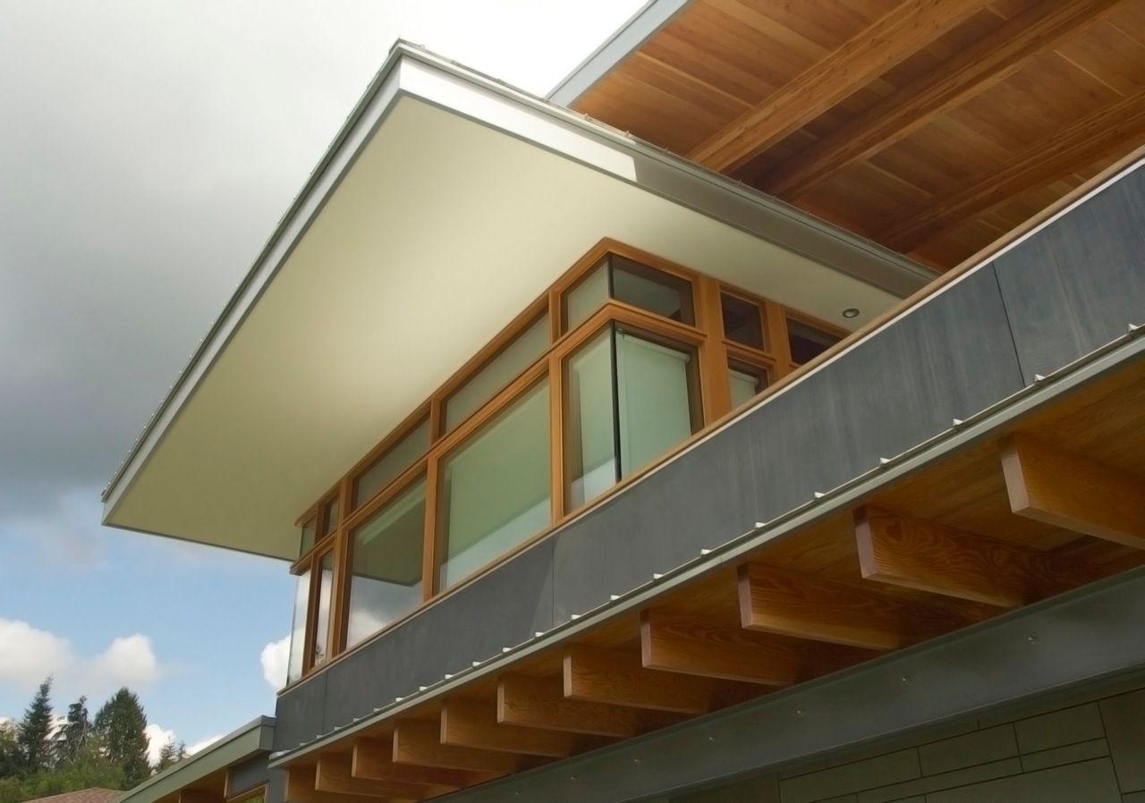 Soaring overhang at west elevation