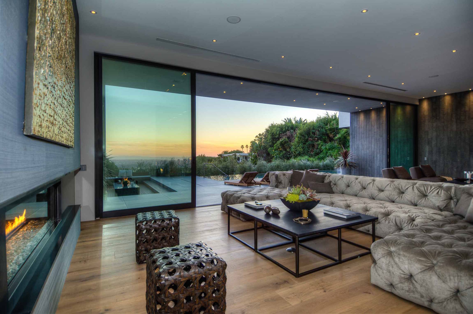Spectacular-Views-Over-Los-Angeles-31