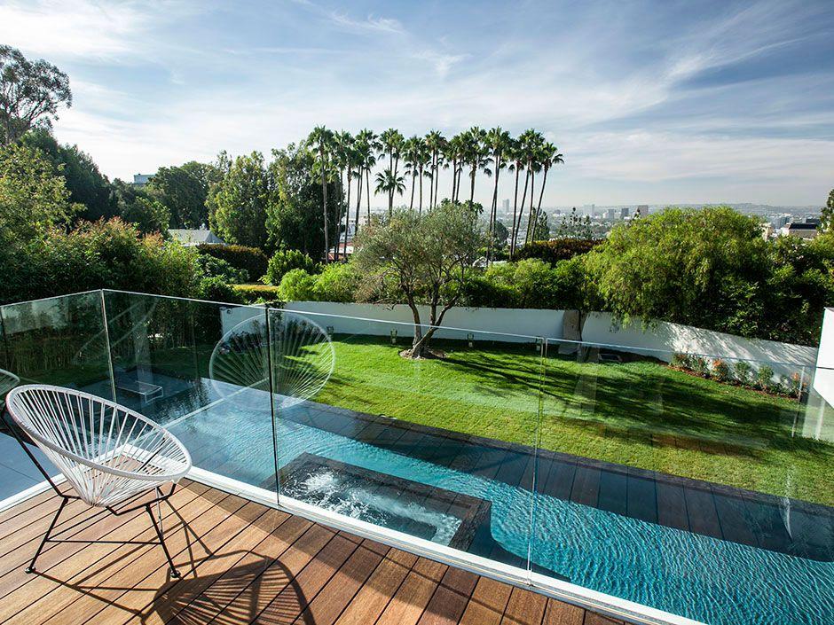 Stunning-Estate-on-Sunset-Strip-09