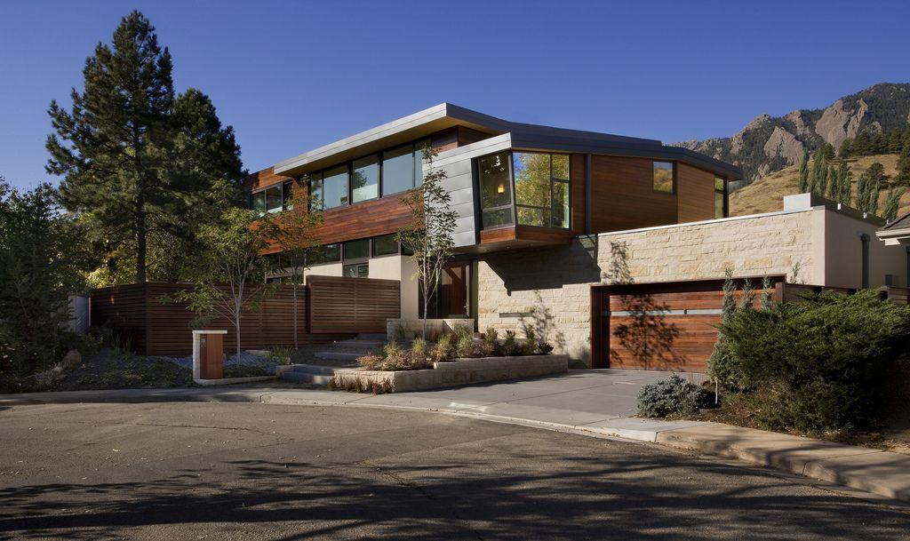 Syncline-House-Boulder-02