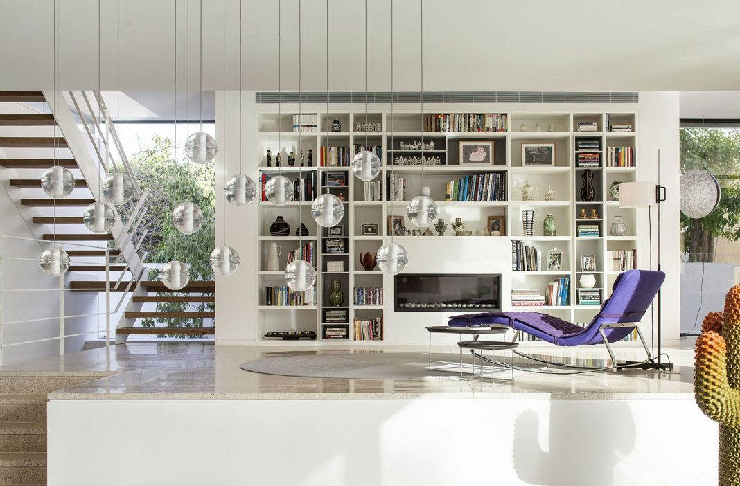 TV House by Paz Gersh Architects