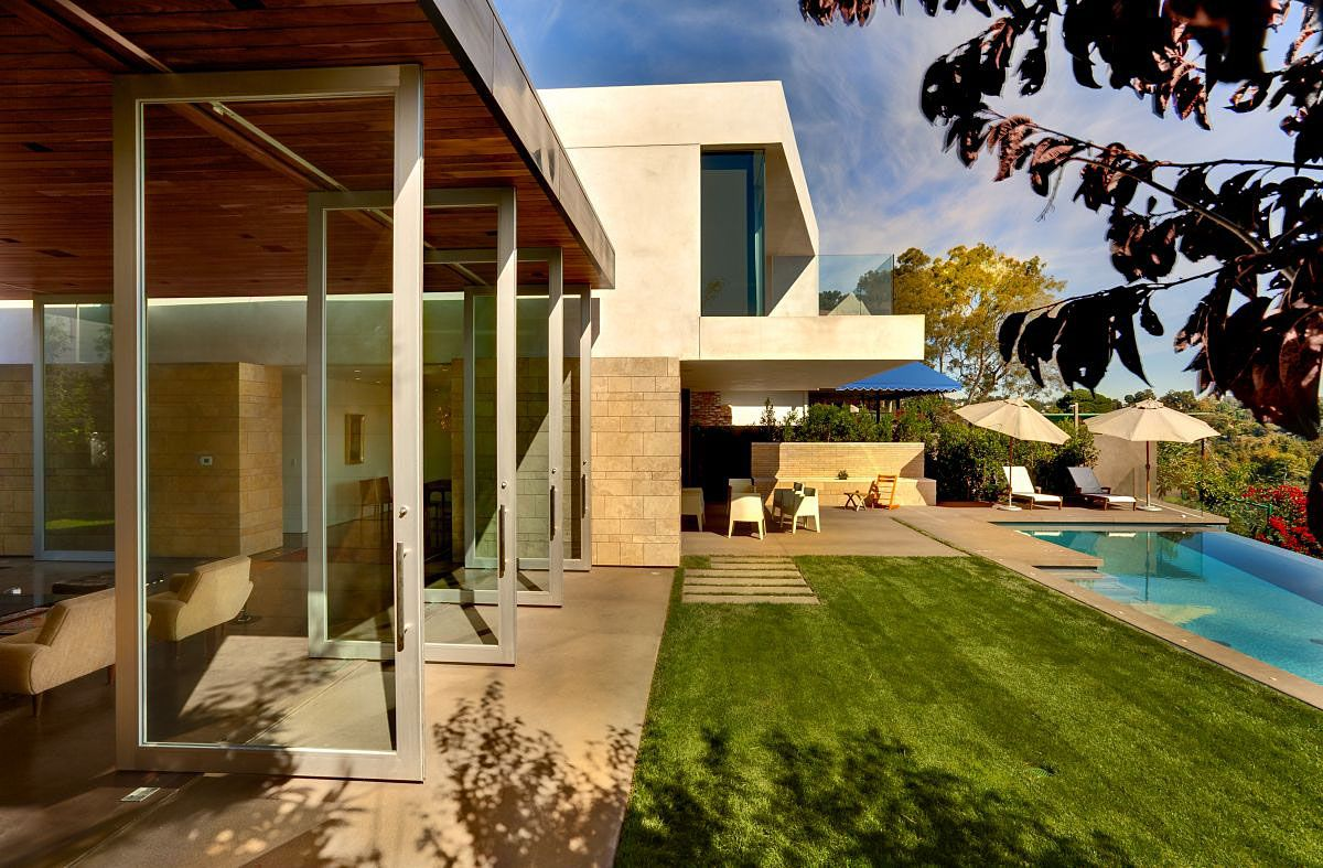The-Carrillo-Residence-00