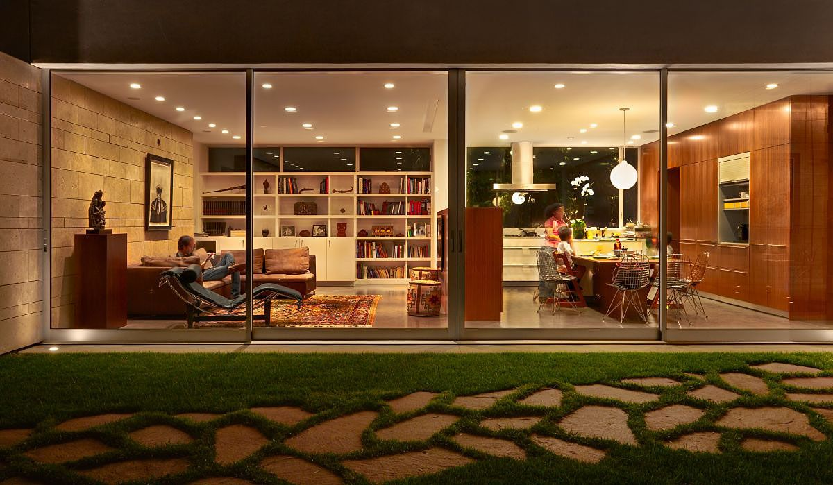 The-Carrillo-Residence-02