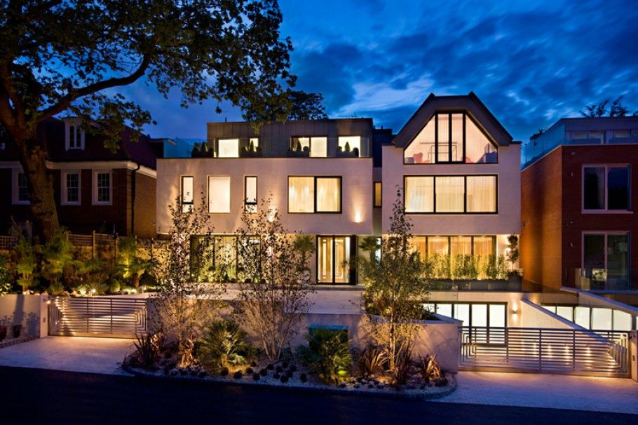 The-Dream-Mansion-in-London-by-Harrison-Varma-2
