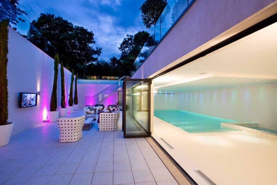 The-Dream-Mansion-in-London-by-Harrison-Varma-9