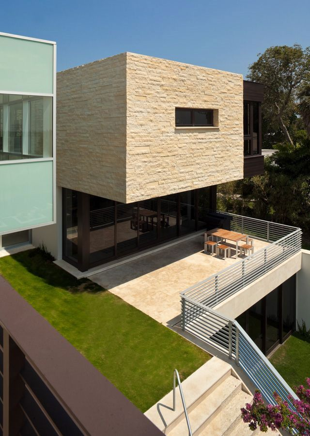 The-River-Road-House-8