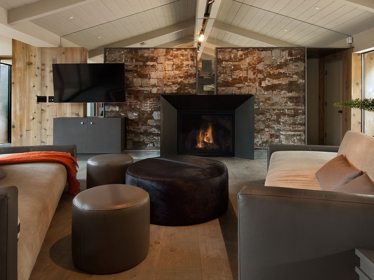 The-Ultimate-Pebble-Beach-Residence-11