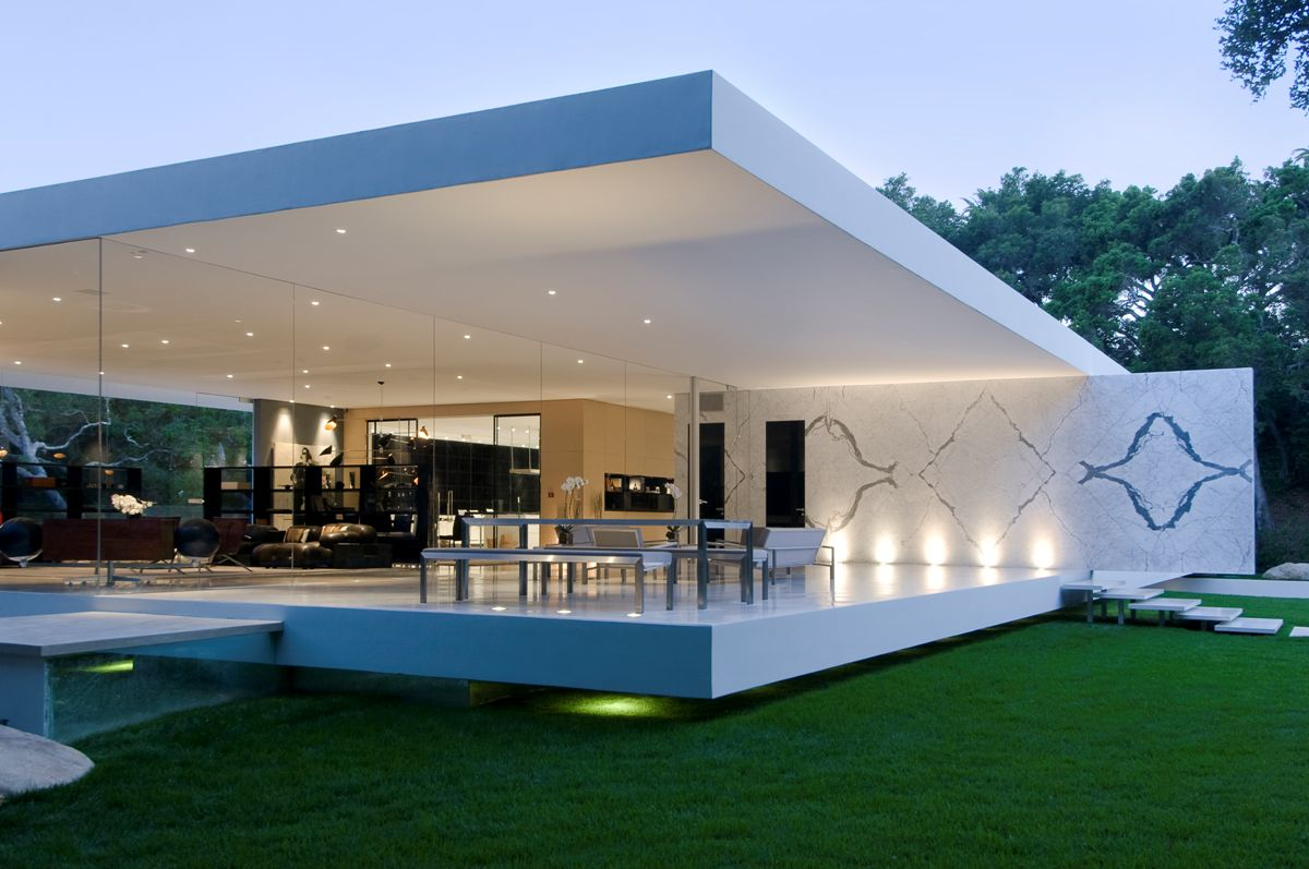 The ultramodern glass pavilion 01 3