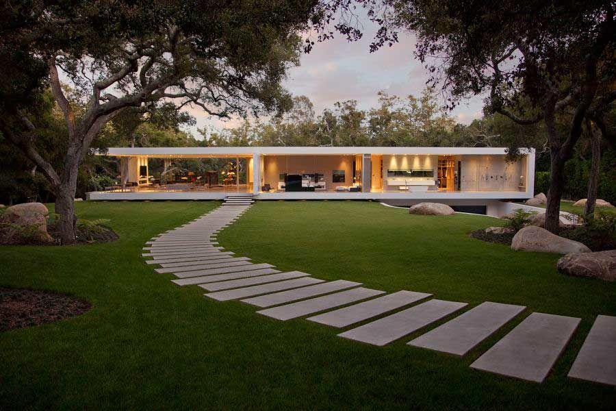 The-Ultramodern-Glass-Pavilion-03