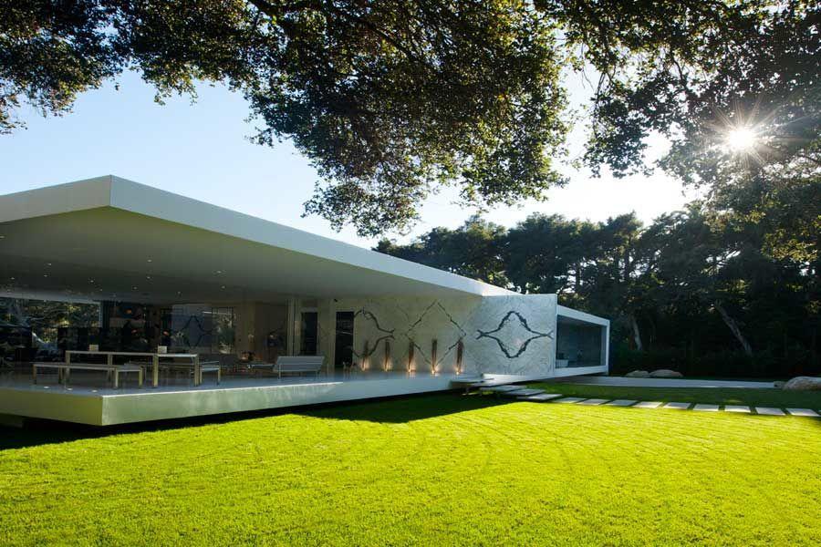 The-Ultramodern-Glass-Pavilion-04