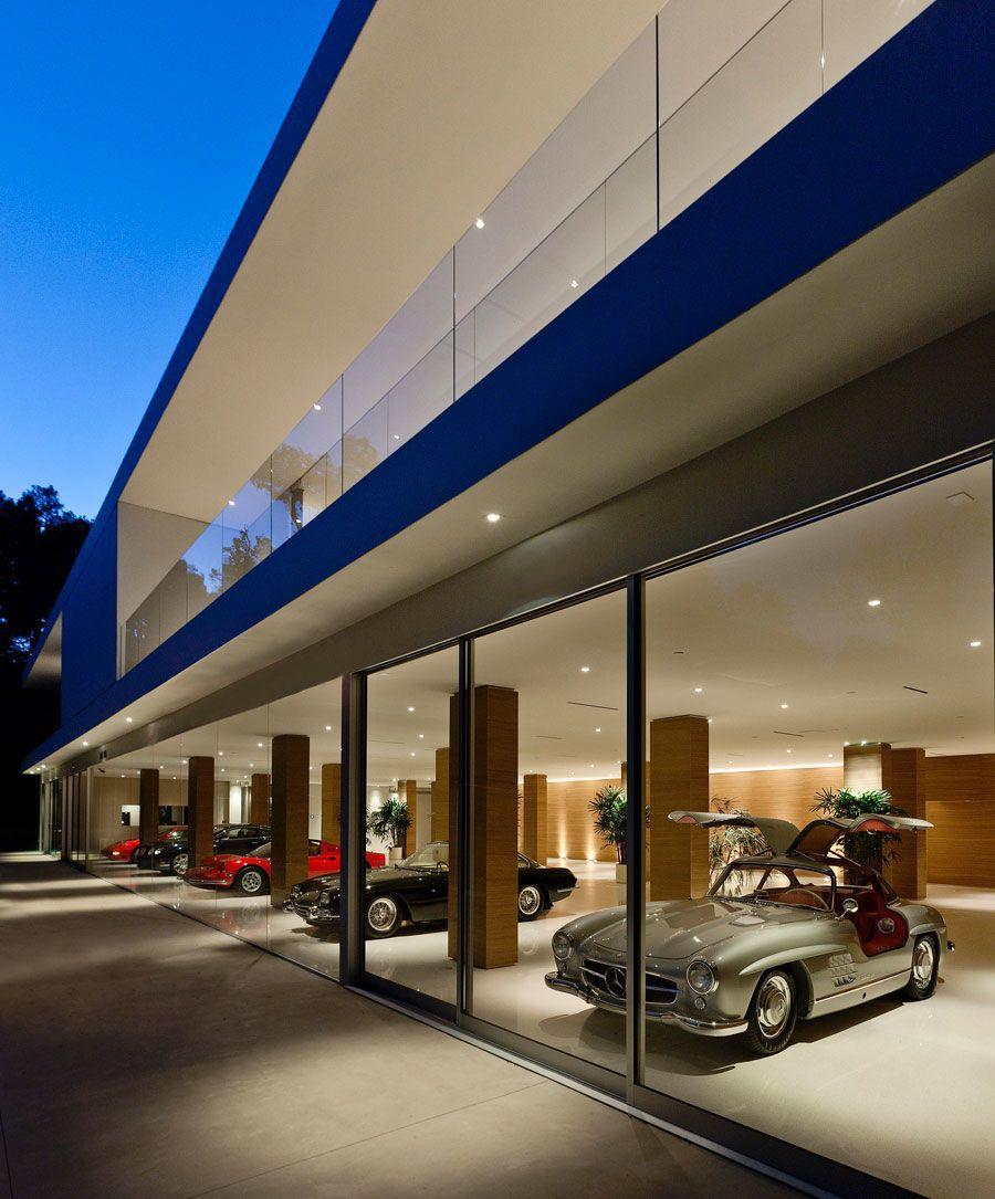 The-Ultramodern-Glass-Pavilion-11