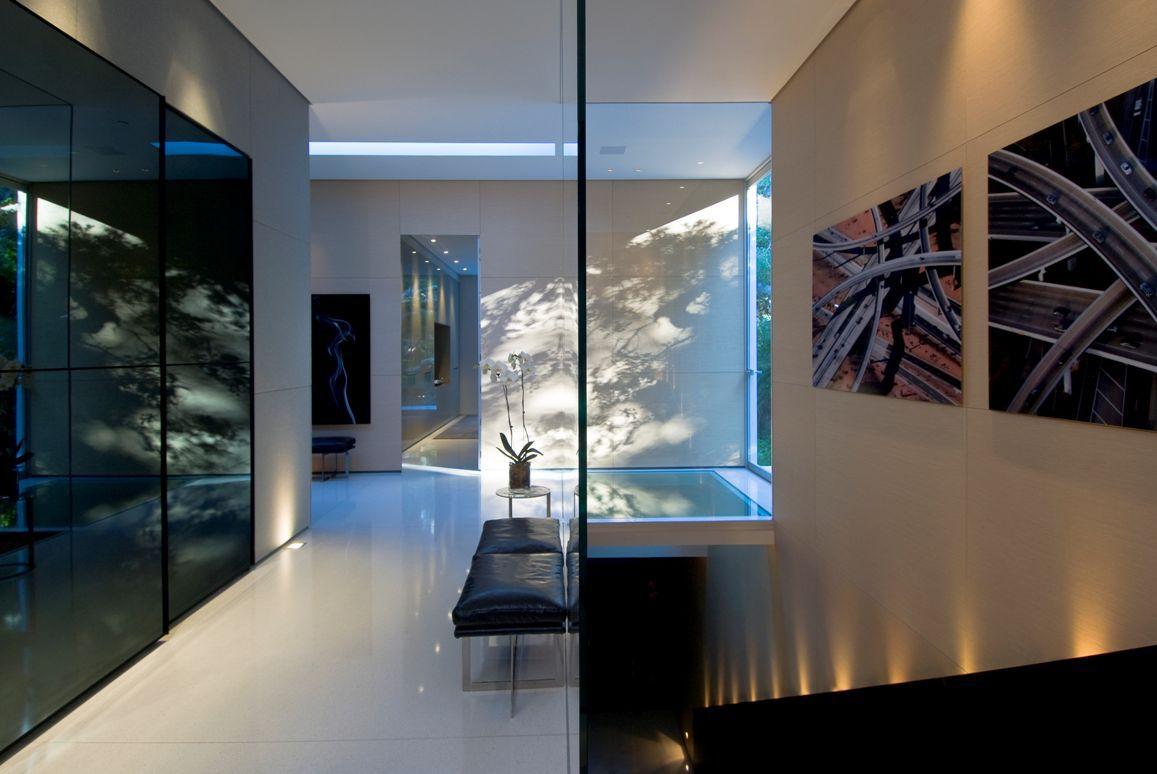 The-Ultramodern-Glass-Pavilion-22-1