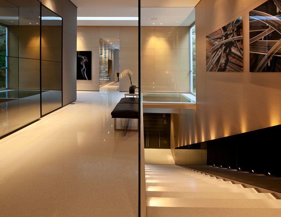 The-Ultramodern-Glass-Pavilion-23