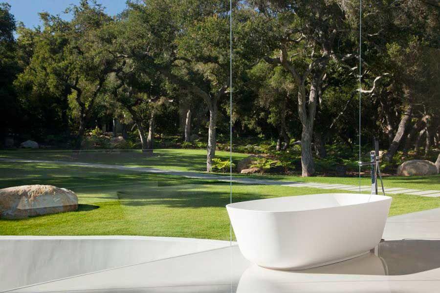 The-Ultramodern-Glass-Pavilion-28