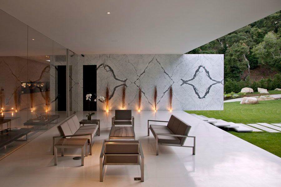 The-Ultramodern-Glass-Pavilion-33