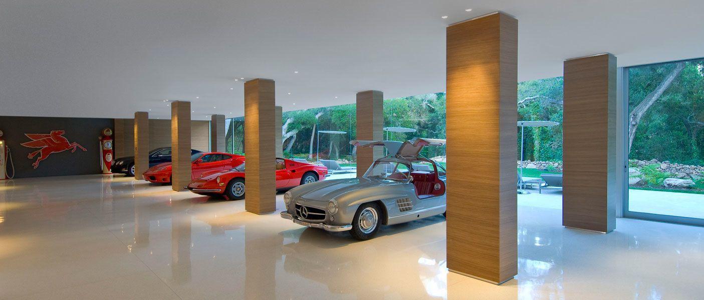 The-Ultramodern-Glass-Pavilion-35
