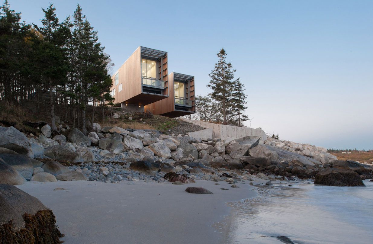 Two-Hulls-House-03