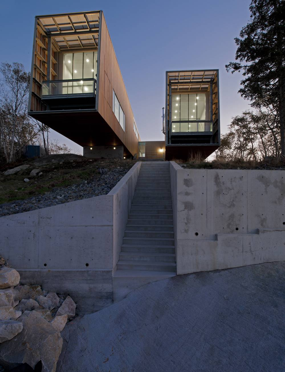Two-Hulls-House-18