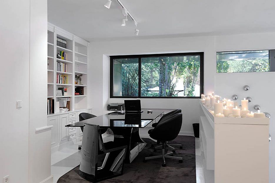 Ultramodern-B&N-House-12-1