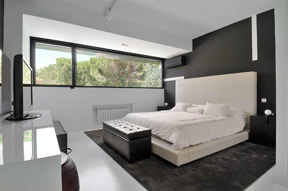 Ultramodern-B&N-House-16
