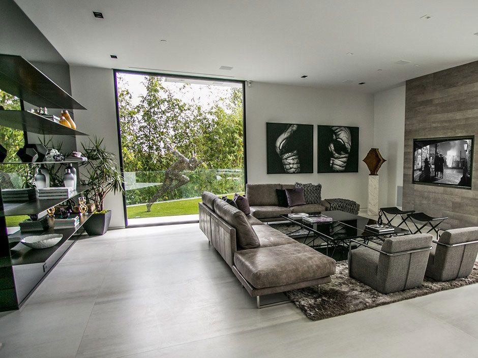 Ultramodern-Beverly-Grove-Residence-03-1