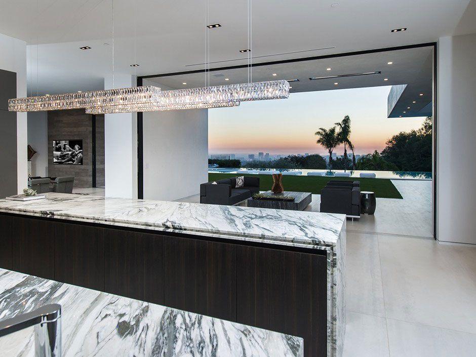 Ultramodern-Beverly-Grove-Residence-06