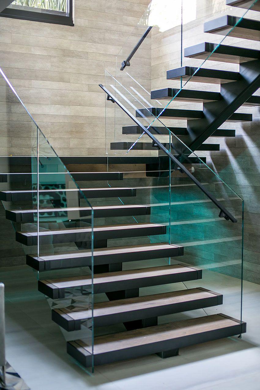 Ultramodern-Beverly-Grove-Residence-10