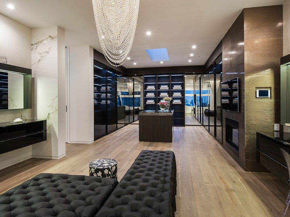 Ultramodern-Beverly-Grove-Residence-13