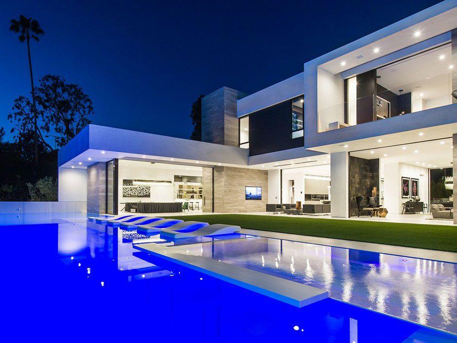 Ultramodern-Beverly-Grove-Residence-15