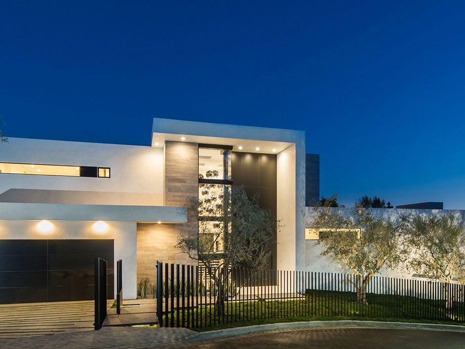Ultramodern-Beverly-Grove-Residence-17
