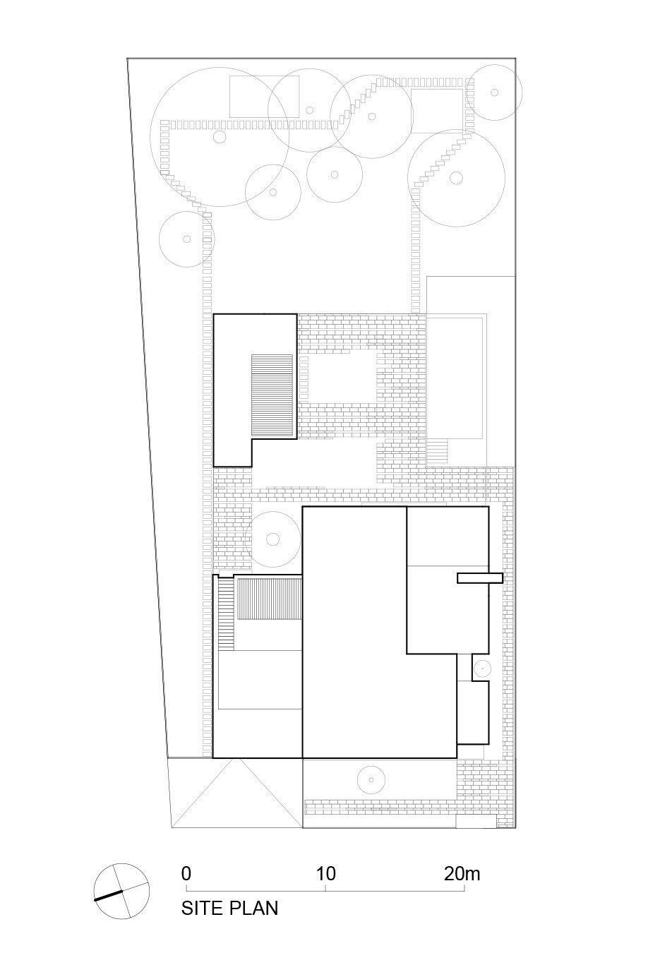Ultramodern-C-House-in-Timisoara-19