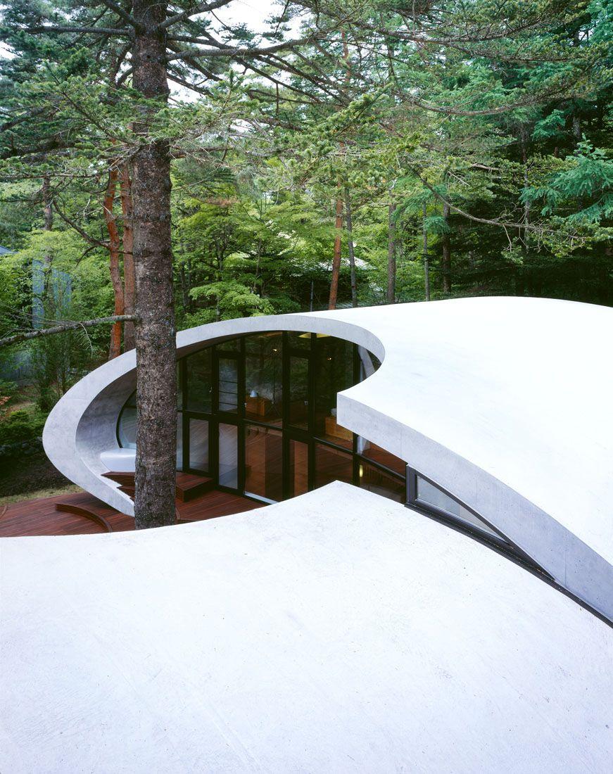 Ultramodern-Shell-Residence-10