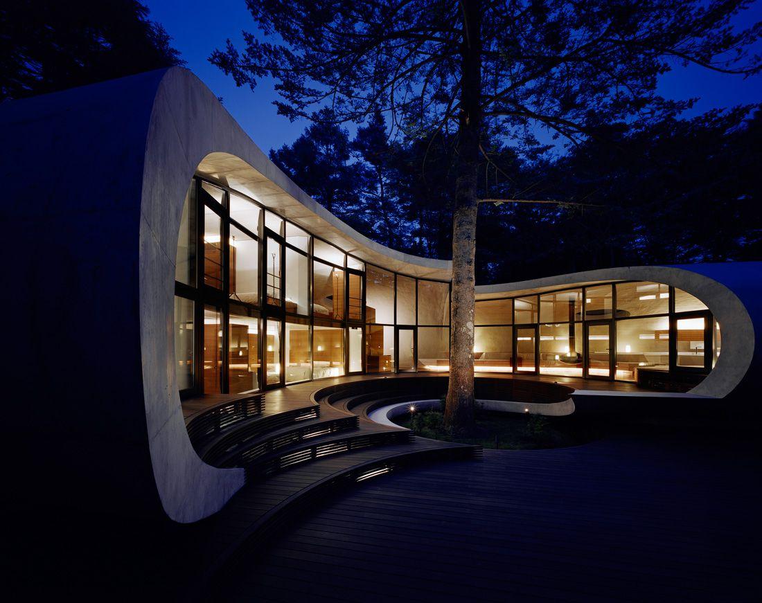 Ultramodern-Shell-Residence-21