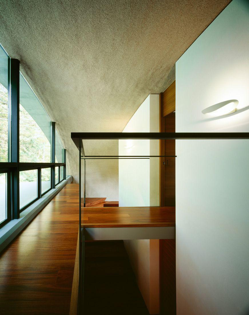 Ultramodern-Shell-Residence-36