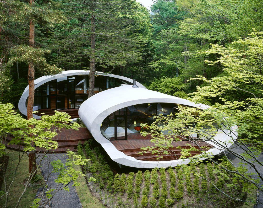 Ultramodern-Shell-Residence-4