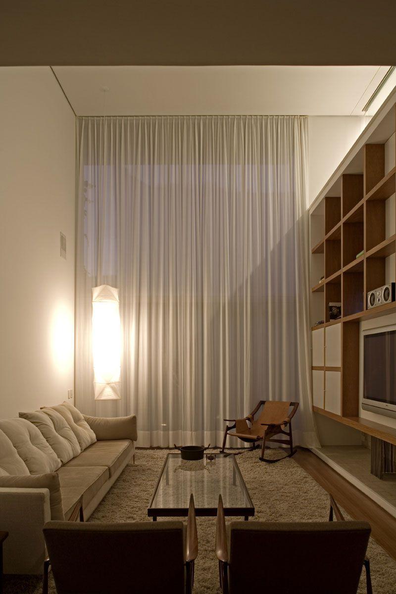 Vertical-House-07-1