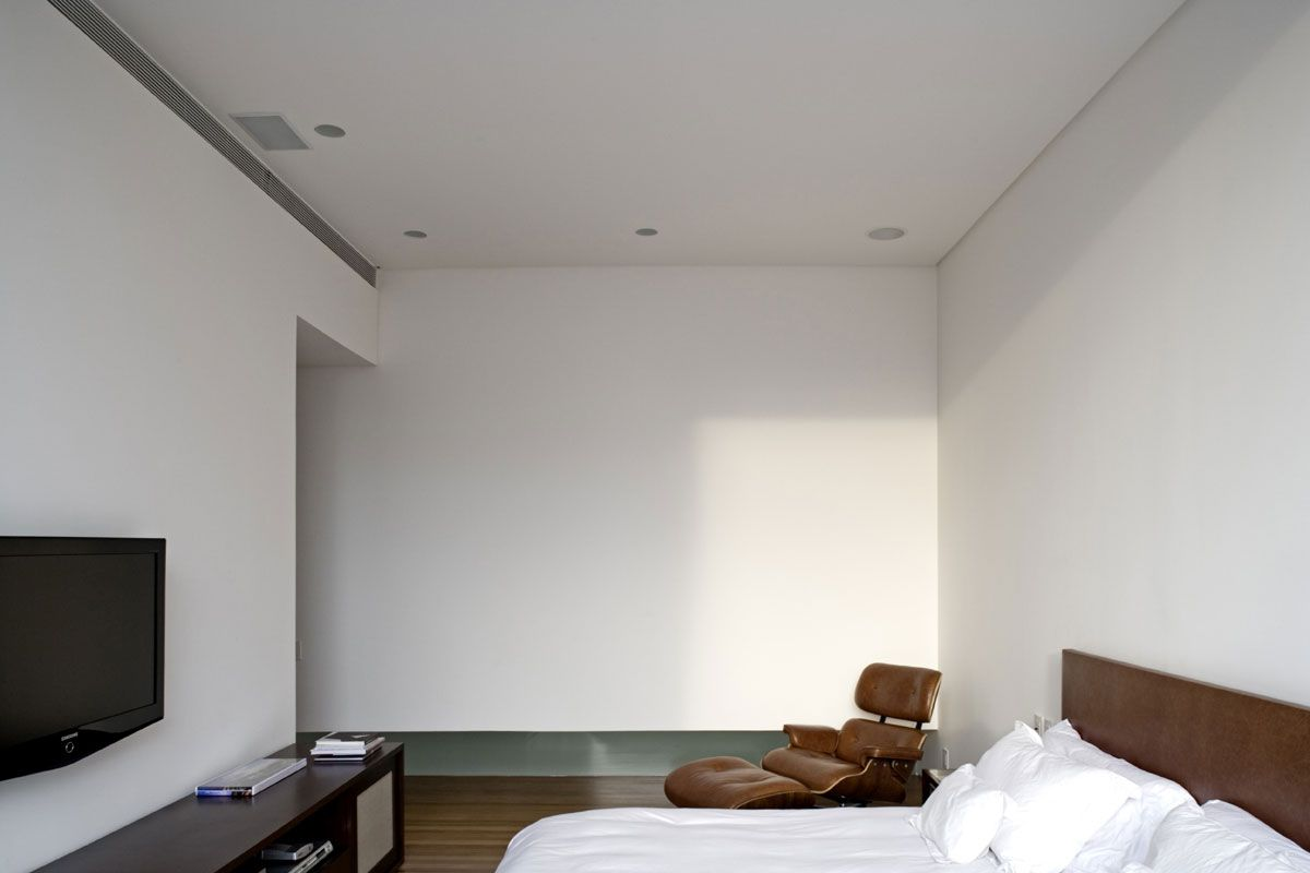 Vertical-House-11