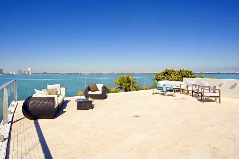 Villa Valentina: a Luxury Residence in Miami Beach ...