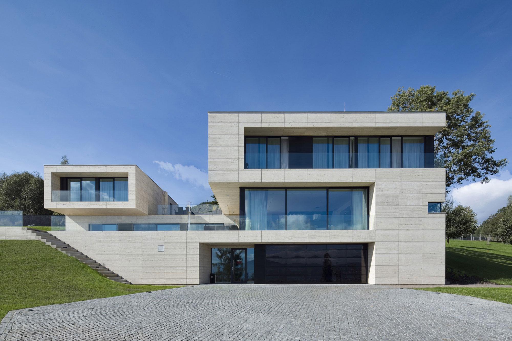 Villa-in-Decin-05