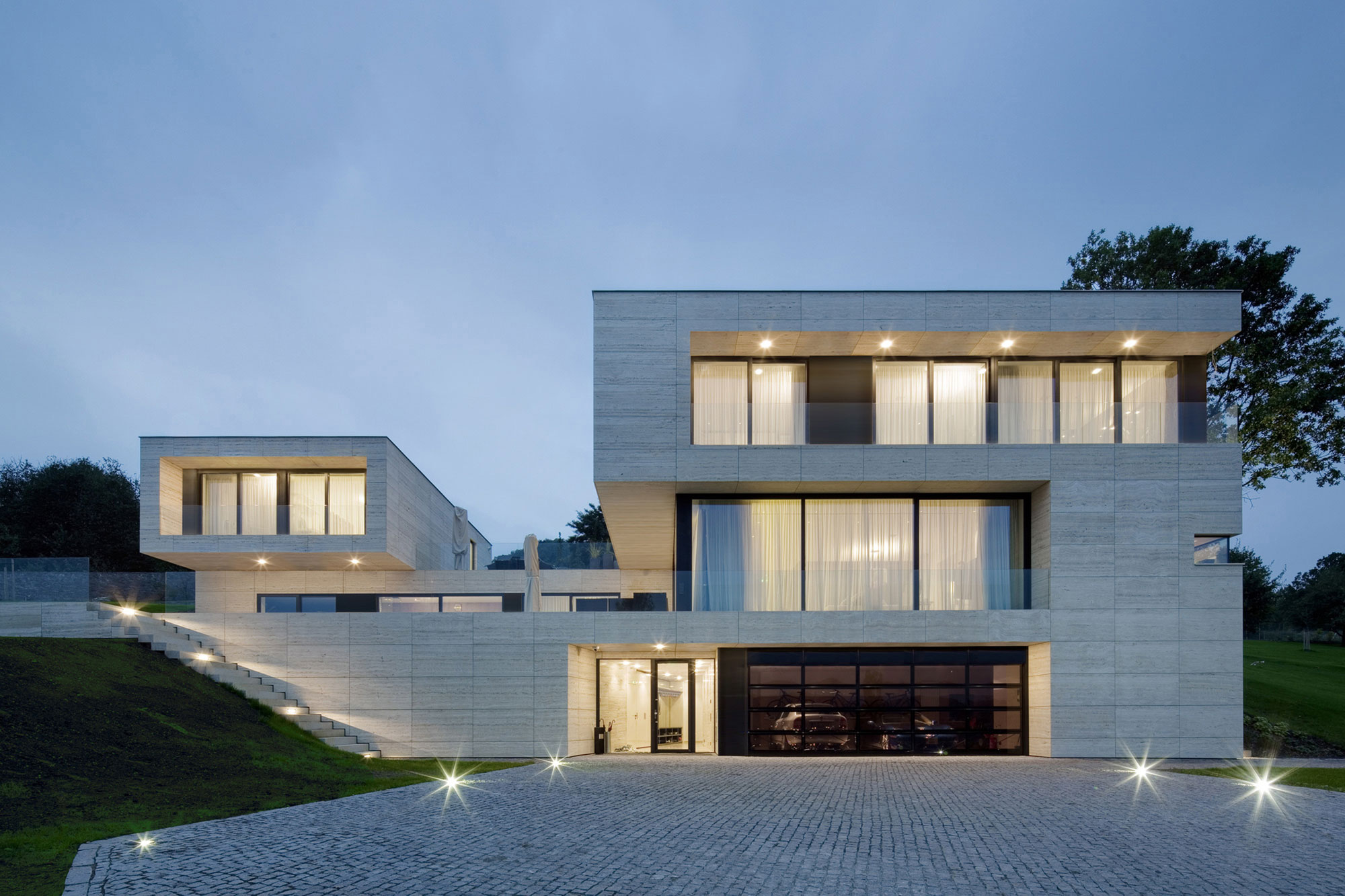 Villa-in-Decin-13