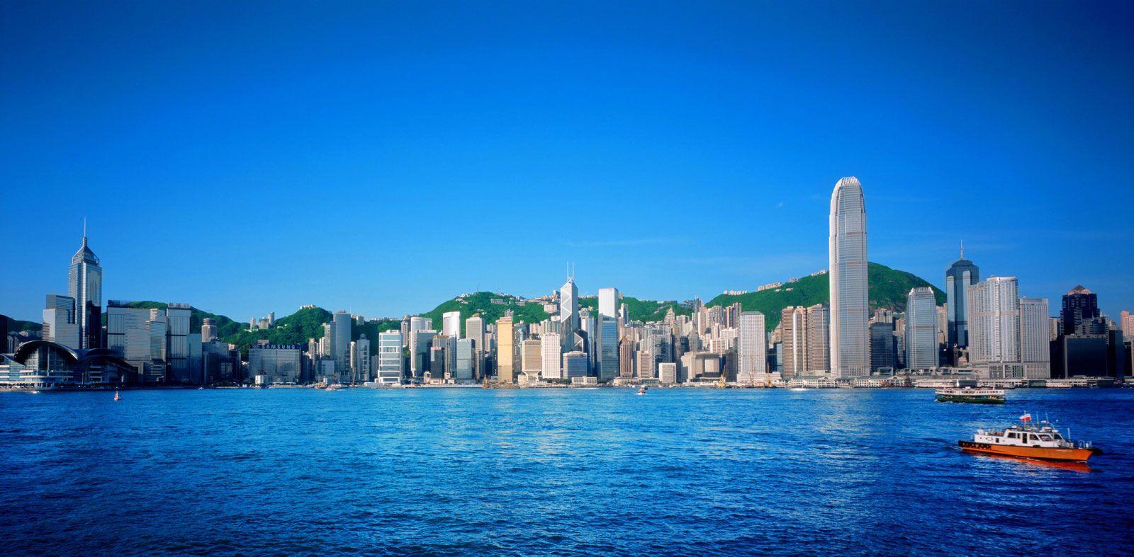 W-Hong-Kong-01