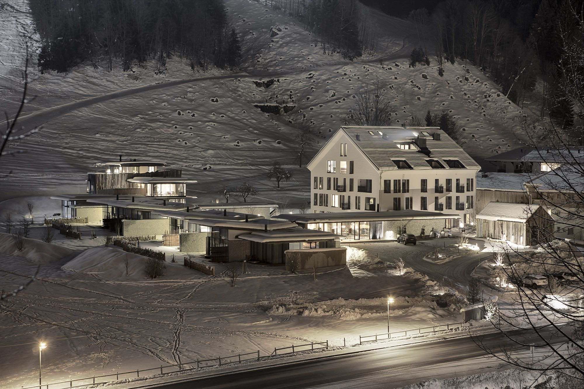 WIE 2012 F02 MW