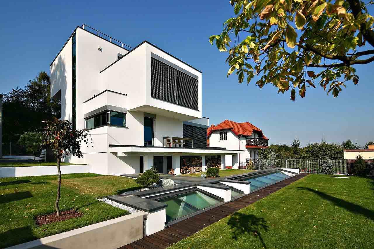 XV-House-04