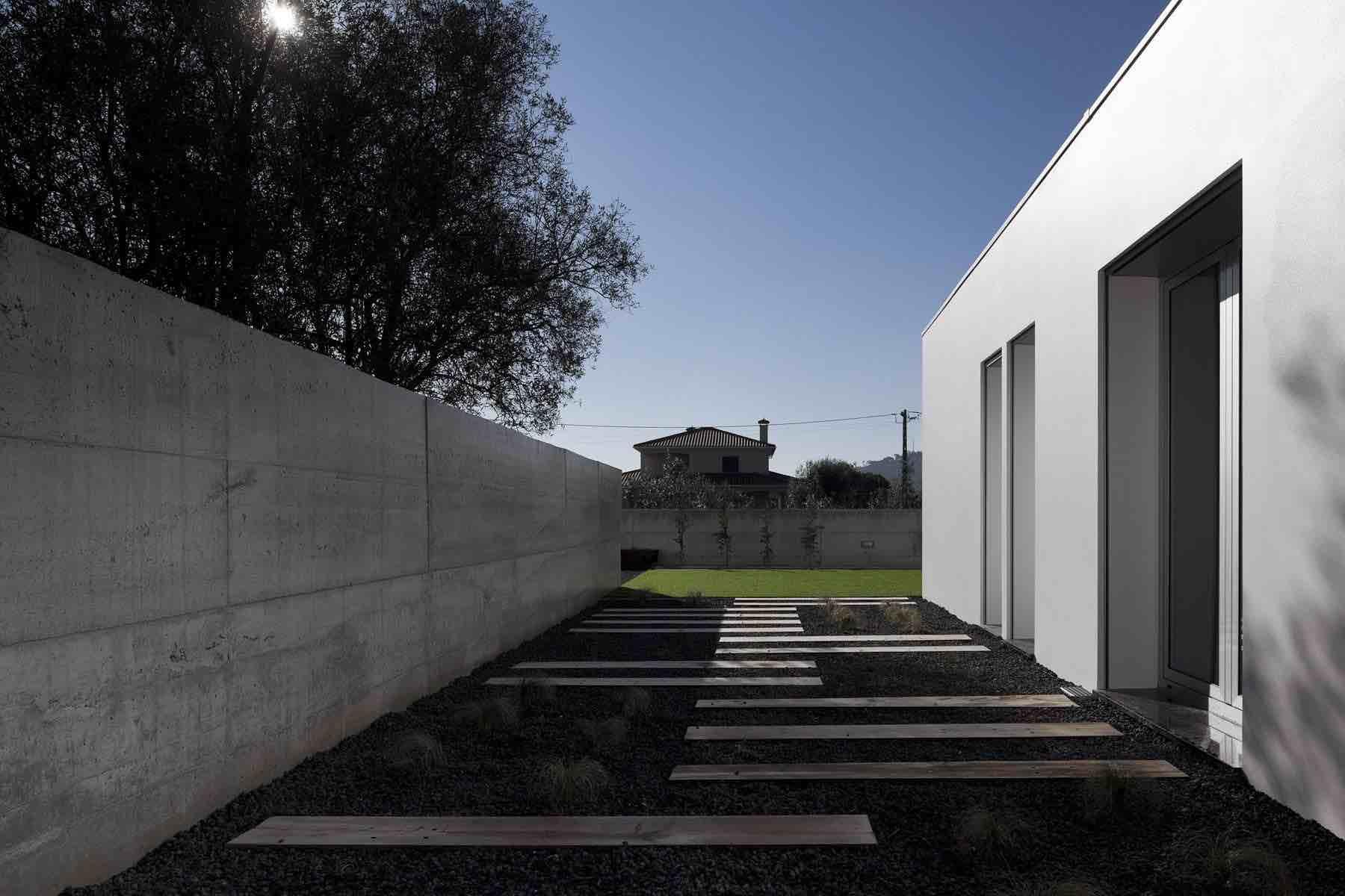 Xieira-House-II-04-1